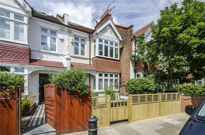 3 Bedrooms Terraced House for sale in Clancarty Road, Fulham, London, SW6