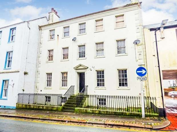 1 Bedroom Flat for sale in Queen Street, Whitehaven, Cumbria