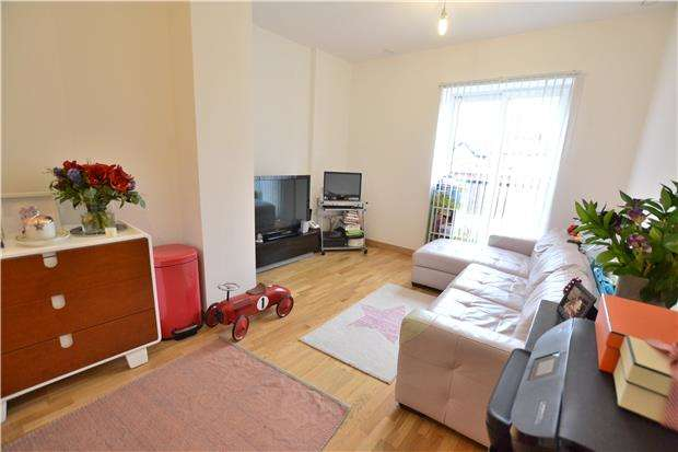 1 Bedroom Flat for sale in Canon Court, 91 Manor Road, WALLINGTON, Surrey, SM6 0AP