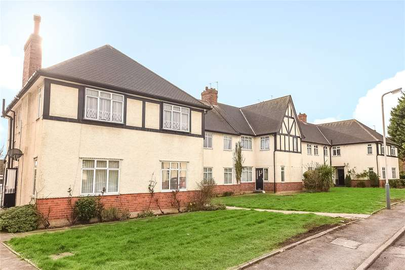 3 Bedrooms Maisonette Flat for sale in Ruislip Court, Raleigh Close, Ruislip, Middlesex, HA4