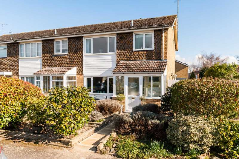 3 Bedrooms End Of Terrace House for sale in Carrington Place, Tring