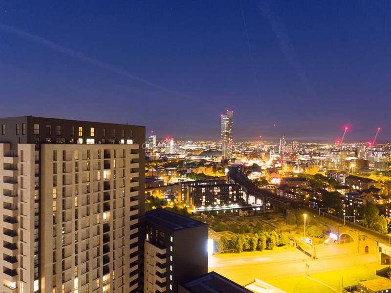 2 Bedrooms Apartment Flat for sale in One Regent, Regent Road, Manchester, M3 4JU