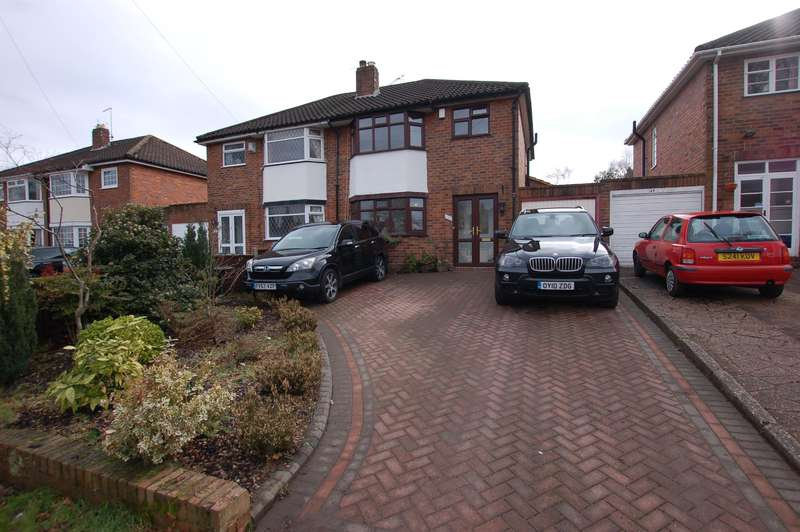 3 Bedrooms Semi Detached House for sale in The Broadway, Stourbridge, DY8 3HY