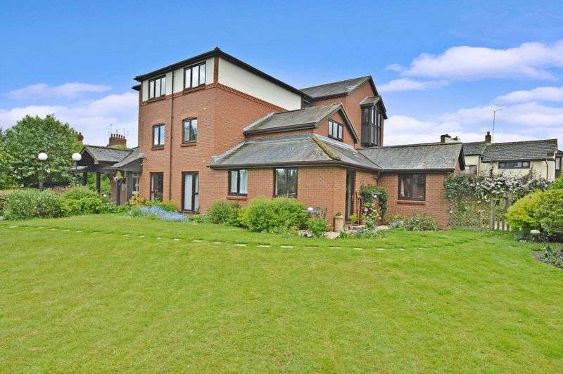 1 Bedroom Property for sale in Lawnsmead Gardens - The Lodge, Newport Pagnell, MK16 8AY