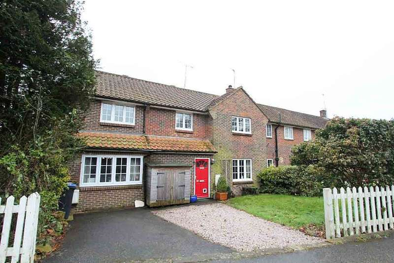 4 Bedrooms End Of Terrace House for sale in Newton Road, Lindfield, Haywards Heath, West Sussex, RH16 2ND