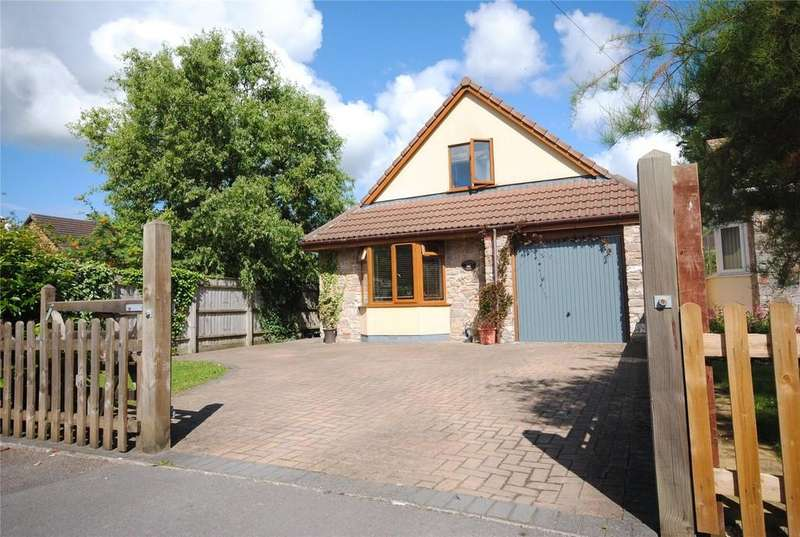 2 Bedrooms Detached House for sale in Barrows Park