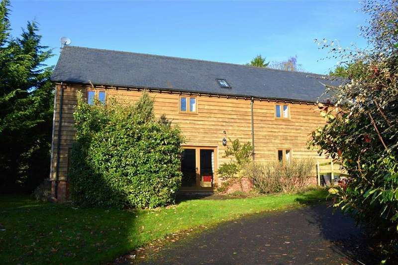 3 Bedrooms Barn Conversion Character Property for rent in Old Stable Cottage, Highgate, Newtown, Powys, SY16