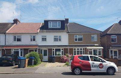 4 Bedrooms Terraced House for rent in South Lancing