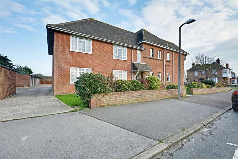 2 Bedrooms Flat for sale in Brockley Road, Bexhill-On-Sea