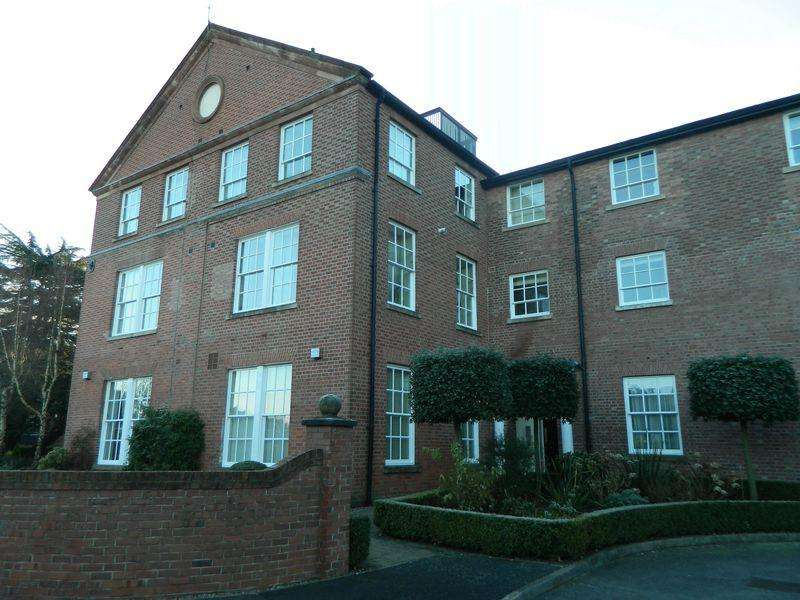 2 Bedrooms Apartment Flat for rent in Westholme Close, Congleton