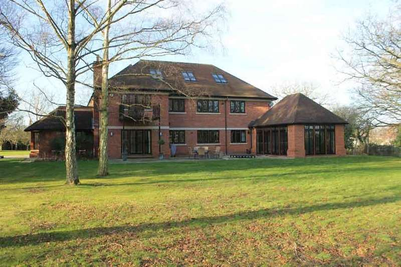 7 Bedrooms Detached House for rent in Chavey Down Road, Ascot RG42