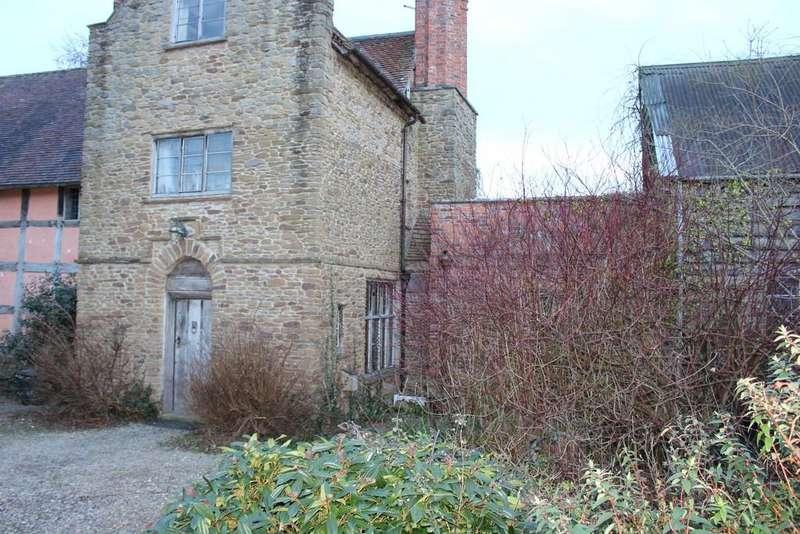 1 Bedroom Ground Flat for rent in Bayton, Kidderminster, DY14 9LP
