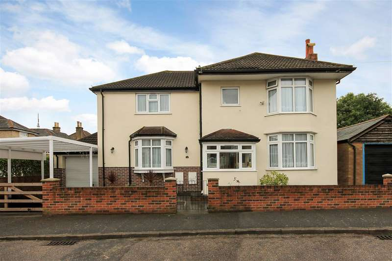 5 Bedrooms Detached House for sale in Chatsworth Road, Poole