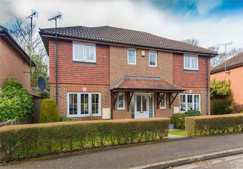 4 Bedrooms Detached House for sale in Barrington Drive, Harefield, Middlesex