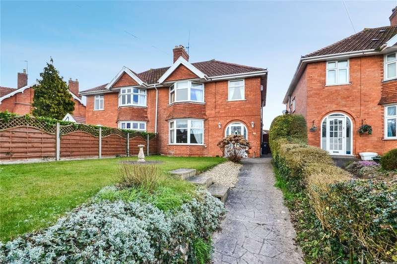 3 Bedrooms Semi Detached House for sale in Quantock Road, Bridgwater, Somerset, TA6