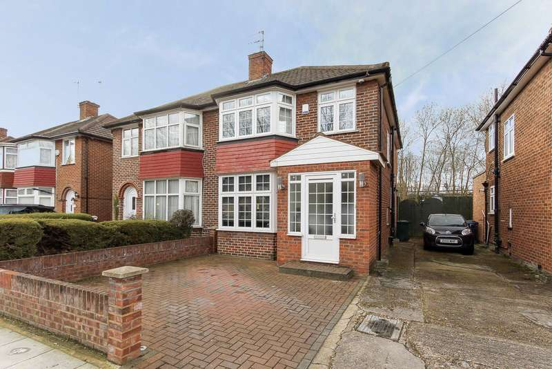 3 Bedrooms Semi Detached House for sale in Booth Road, London, NW9