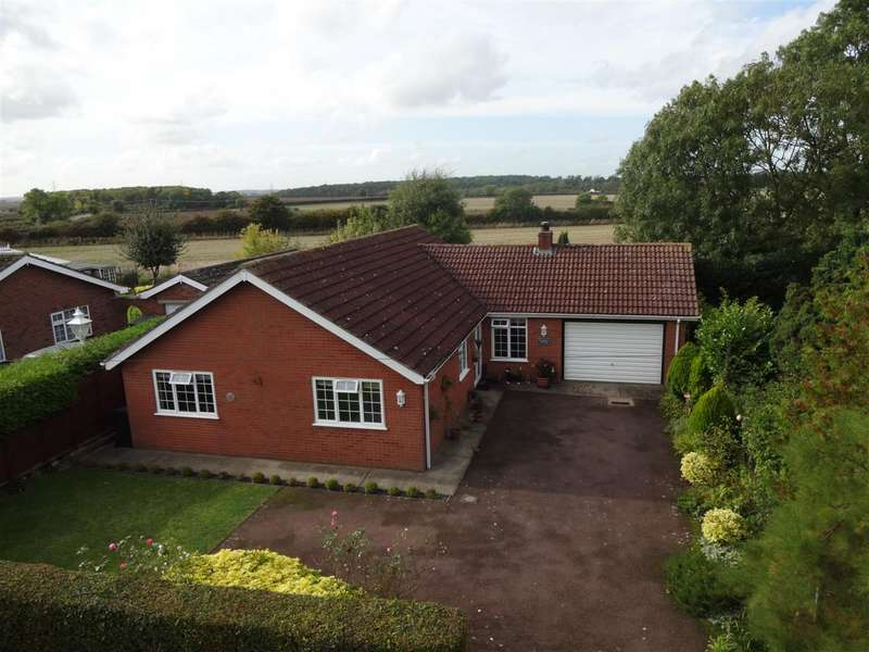3 Bedrooms Property for sale in Field Lane, Ewerby, Sleaford