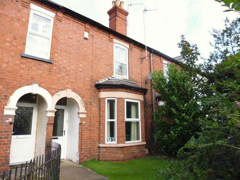 3 Bedrooms Terraced House for sale in St. Catherines Grove, Lincoln