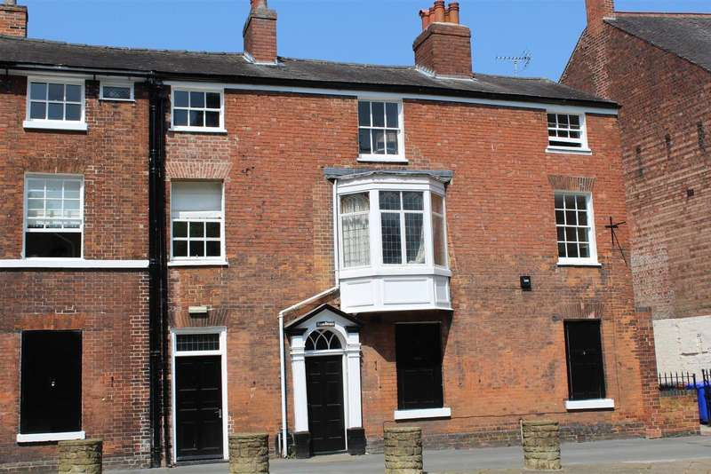 3 Bedrooms Terraced House for sale in Friars Walk, Burton-On-Trent