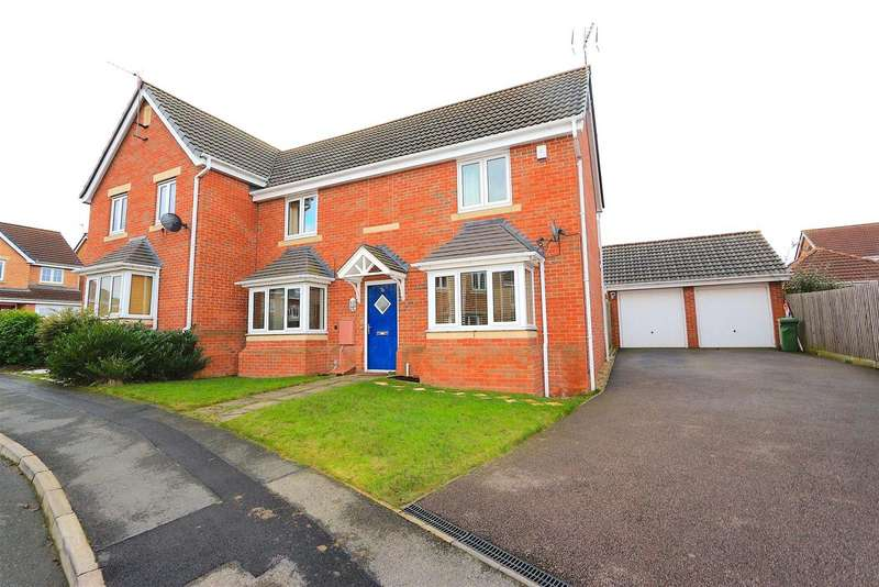 3 Bedrooms Detached House for sale in Tuffleys Way, Thorpe Astley