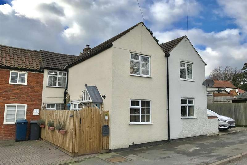 2 Bedrooms Property for sale in Main Road, Upper Broughton