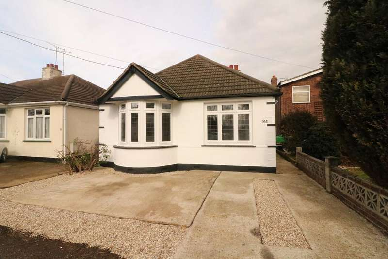 3 Bedrooms Detached Bungalow for sale in Hadleigh, Benfleet