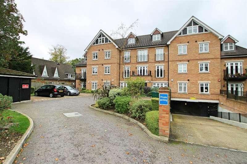 2 Bedrooms Flat for sale in Heathside Court, High Road, Bushey Heath, Bushey