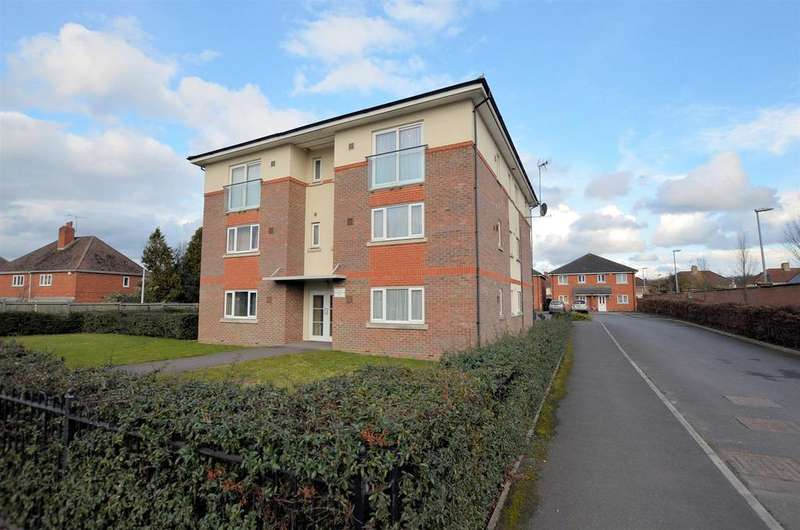 2 Bedrooms Apartment Flat for sale in Basingstoke Road, Reading
