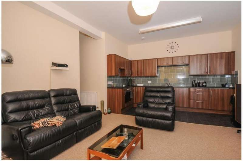 2 Bedrooms Apartment Flat for rent in Church Street, Kington, HR5