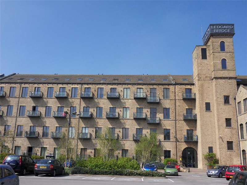 1 Bedroom Apartment Flat for rent in Ledgard Wharf, Mirfield, West Yorkshire, WF14