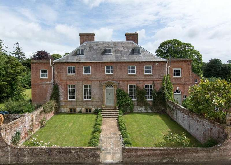 8 Bedrooms Detached House for sale in Chetnole, Nr Sherborne, DT9