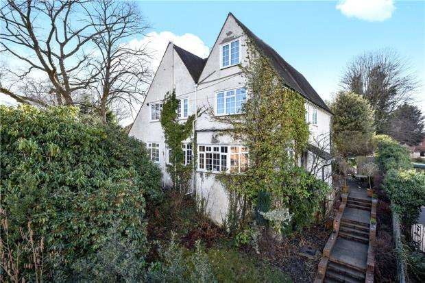 4 Bedrooms House for sale in The Avenue, Camberley, Surrey