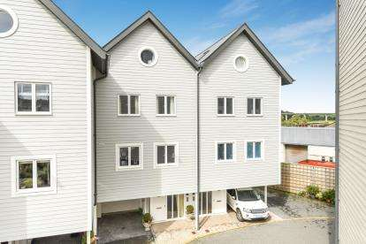 4 Bedrooms House for sale in Wadebridge, Cornwall