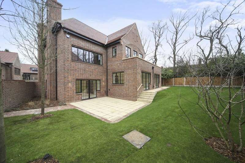 5 Bedrooms House for rent in Chandos Way, Hampstead Garden Suburb, London, NW11