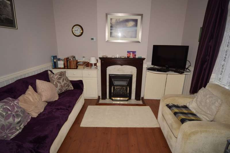 2 Bedrooms Terraced House for sale in Dale Street, Ulverston, Cumbria, LA12 9AR