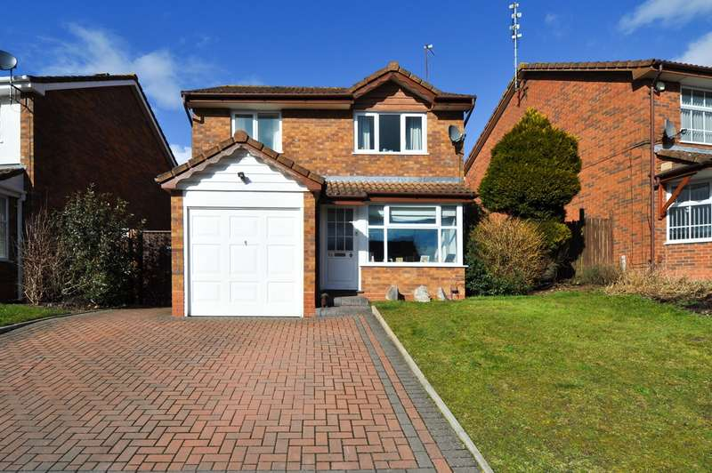 3 Bedrooms Detached House for sale in Reynard Close, Webheath, Redditch, B97