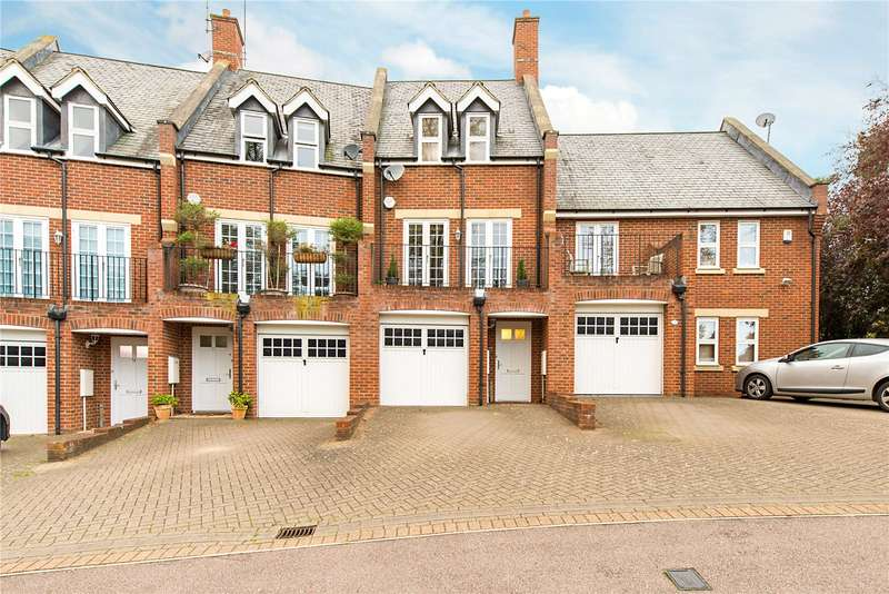 4 Bedrooms Terraced House for sale in Tamarix Crescent, Napsbury Park, St. Albans, Hertfordshire, AL2