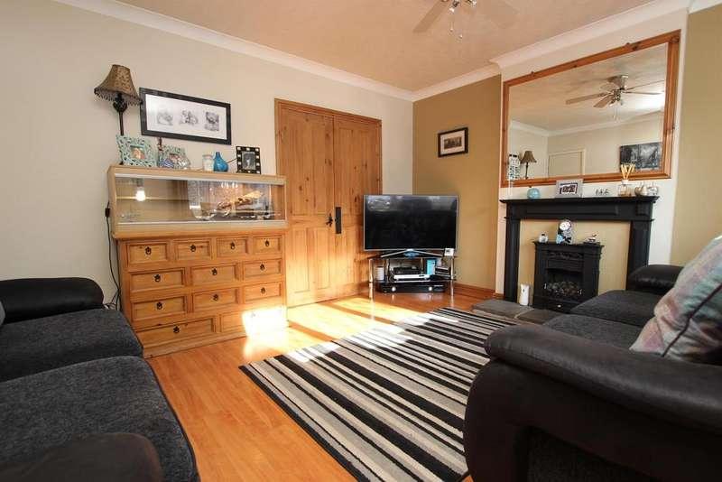 3 Bedrooms Mews House for sale in Highfield Mews Darwen BB3 2DG