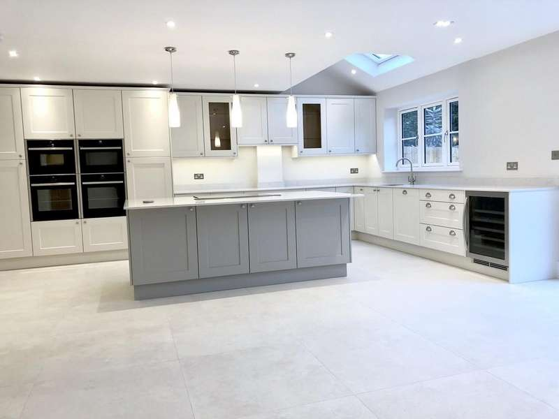 4 Bedrooms Detached House for sale in Ferrers House, Rising Lane, Baddesley Clinton