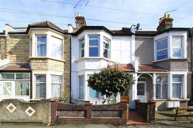 3 Bedrooms Terraced House for sale in Shortlands Road, Leyton