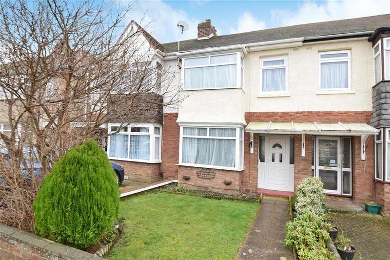 3 Bedrooms Terraced House for sale in Dunkeld Road, Gosport, Hampshire