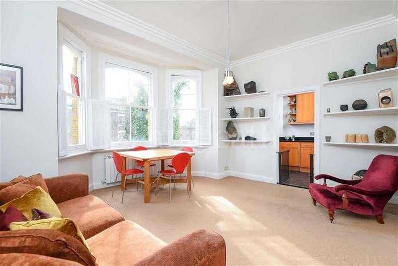 2 Bedrooms Flat for sale in Steeles Road, Belsize Park, London