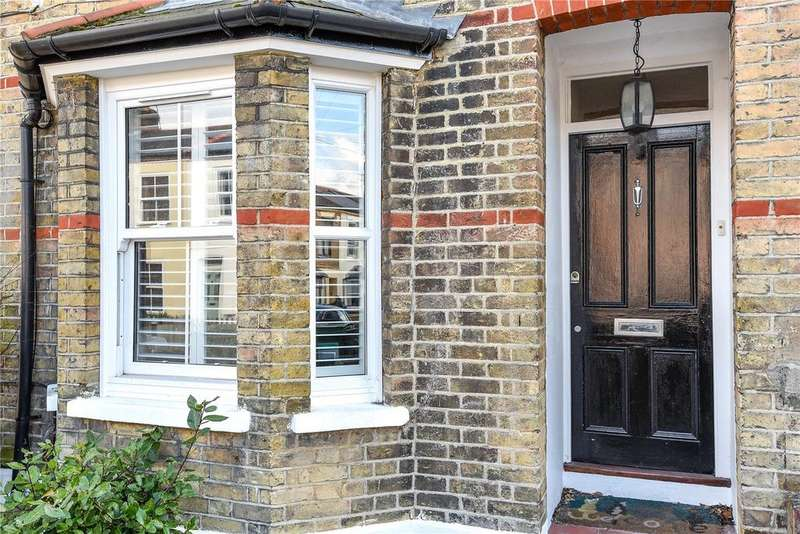 2 Bedrooms End Of Terrace House for sale in Oxford Road, Windsor, Berkshire, SL4