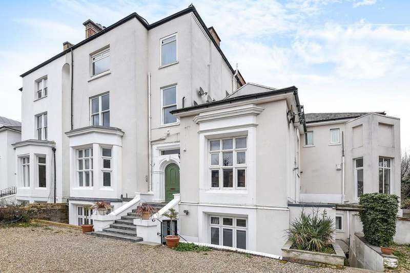 3 Bedrooms Flat for sale in Park Hill, Clapham