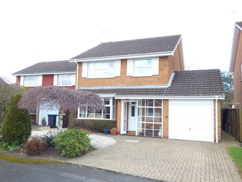 4 Bedrooms Detached House for sale in Saxon Close, Stratford-Upon-Avon