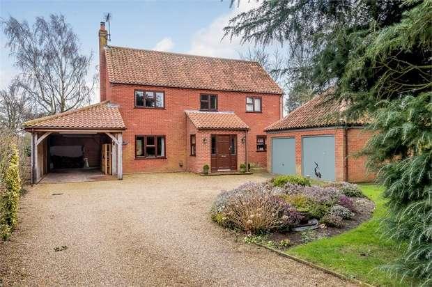4 Bedrooms Detached House for sale in Fakenham Road, East Rudham, King's Lynn, Norfolk