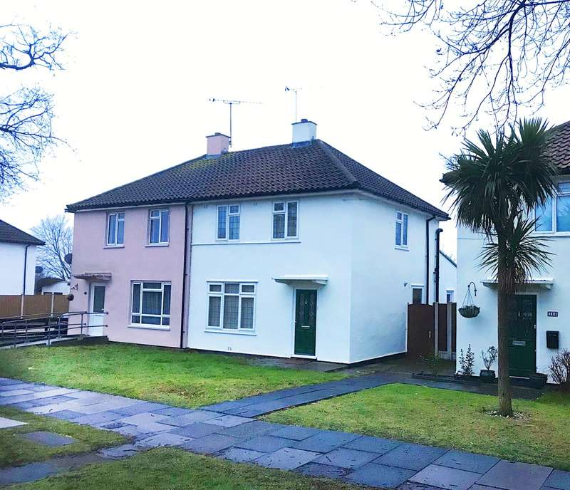 2 Bedrooms House for rent in 2 bedroom Semi Detached House in Leigh On Sea