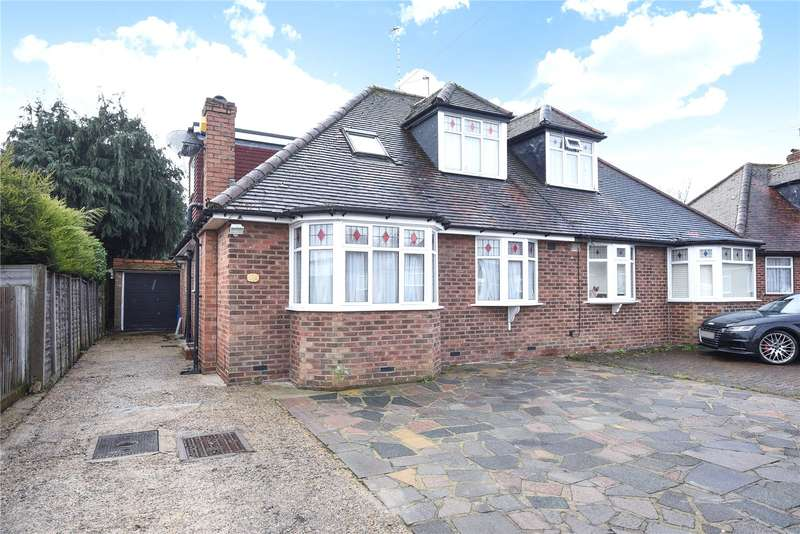 4 Bedrooms Semi Detached House for sale in Heather Way, Stanmore, Middlesex, HA7