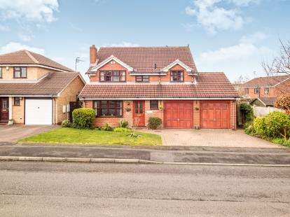 4 Bedrooms Detached House for sale in Walcote Drive, West Bridgford, Nottingham, Nottinghamshire