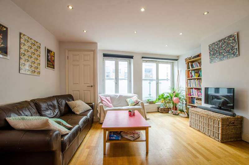 3 Bedrooms Flat for sale in Redchurch Street, Shoreditch, E2